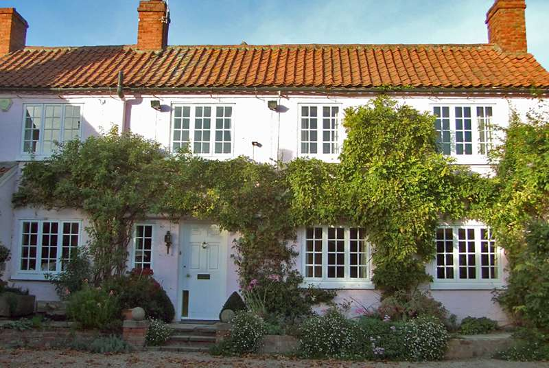 Cropwell Butler Cottage with Wisteria